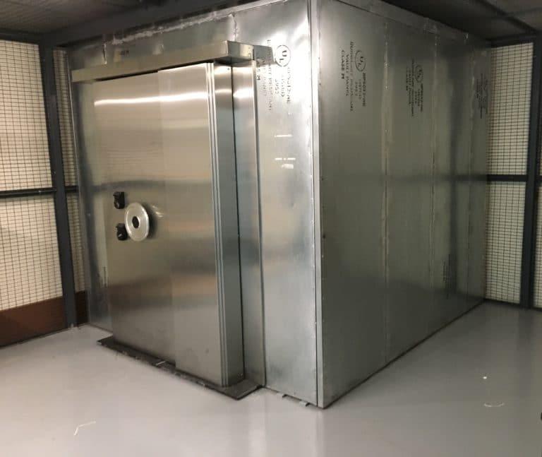 walk-in-vault